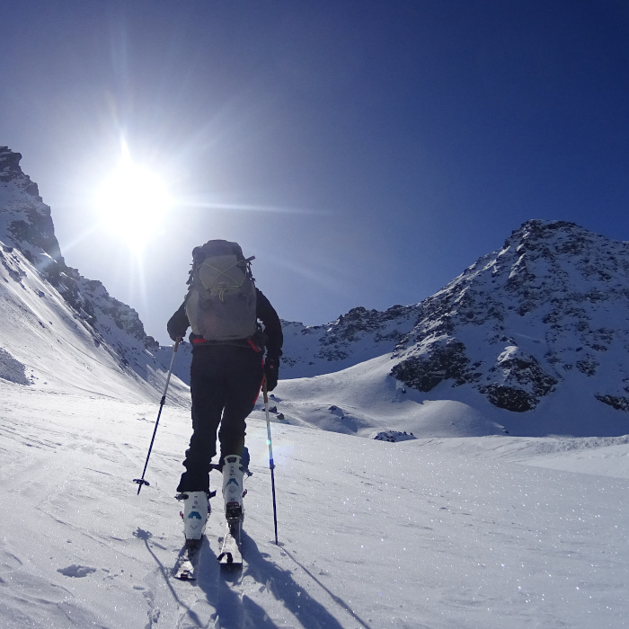 Ski touring introduction course.